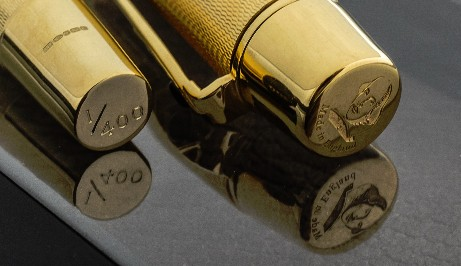 The cap of the Shakespeare Pen shows en engraved image of Shakespeare