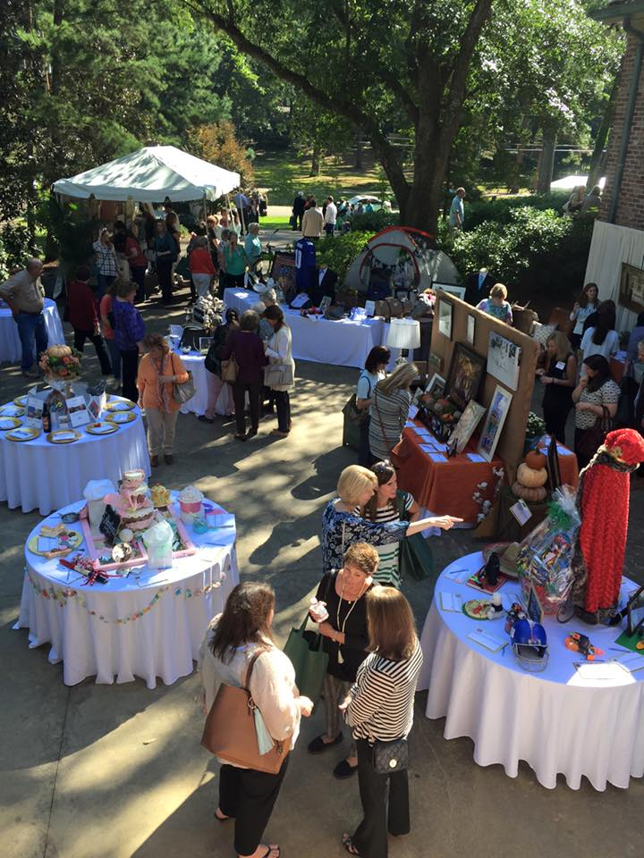 Holiday Potpourri silent auction