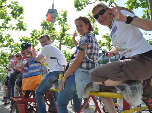 Bild von der ADFC Sternfahrt durch Düsseldorf 2012
