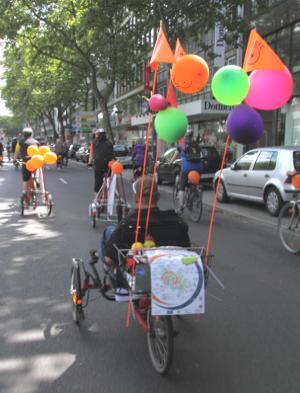 Bild: geschmücktes Fahrrad