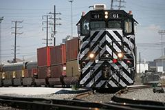 Rail traffic at Port of Long Beach