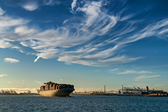 Clear skies at Port of Long Beach
