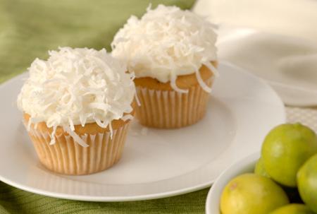Key Lime Macadamia Nut Cupcakes