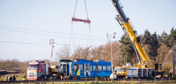 Foto's berging trein in Dalfsen