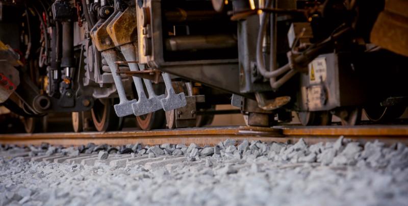 Spoornieuws week 45! Met mooie foto's van de werkzaamheden bij station Elst.