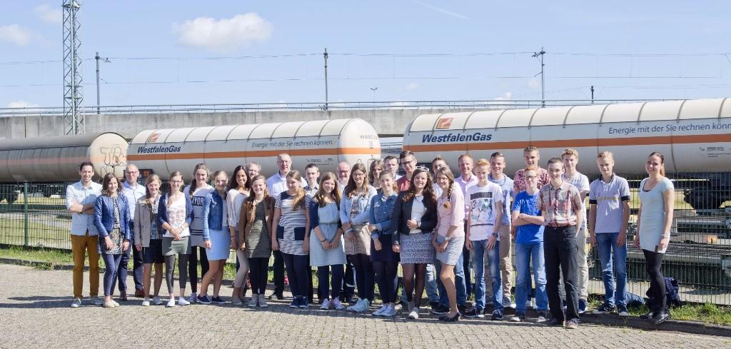 Dagje goederen in het Rotterdams havengebied voor winnaars Eureka!Cup