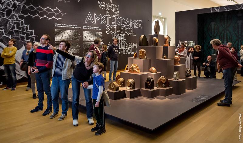 Foto 'Wonen in de Amsterdamse School', Thijs Wolzak