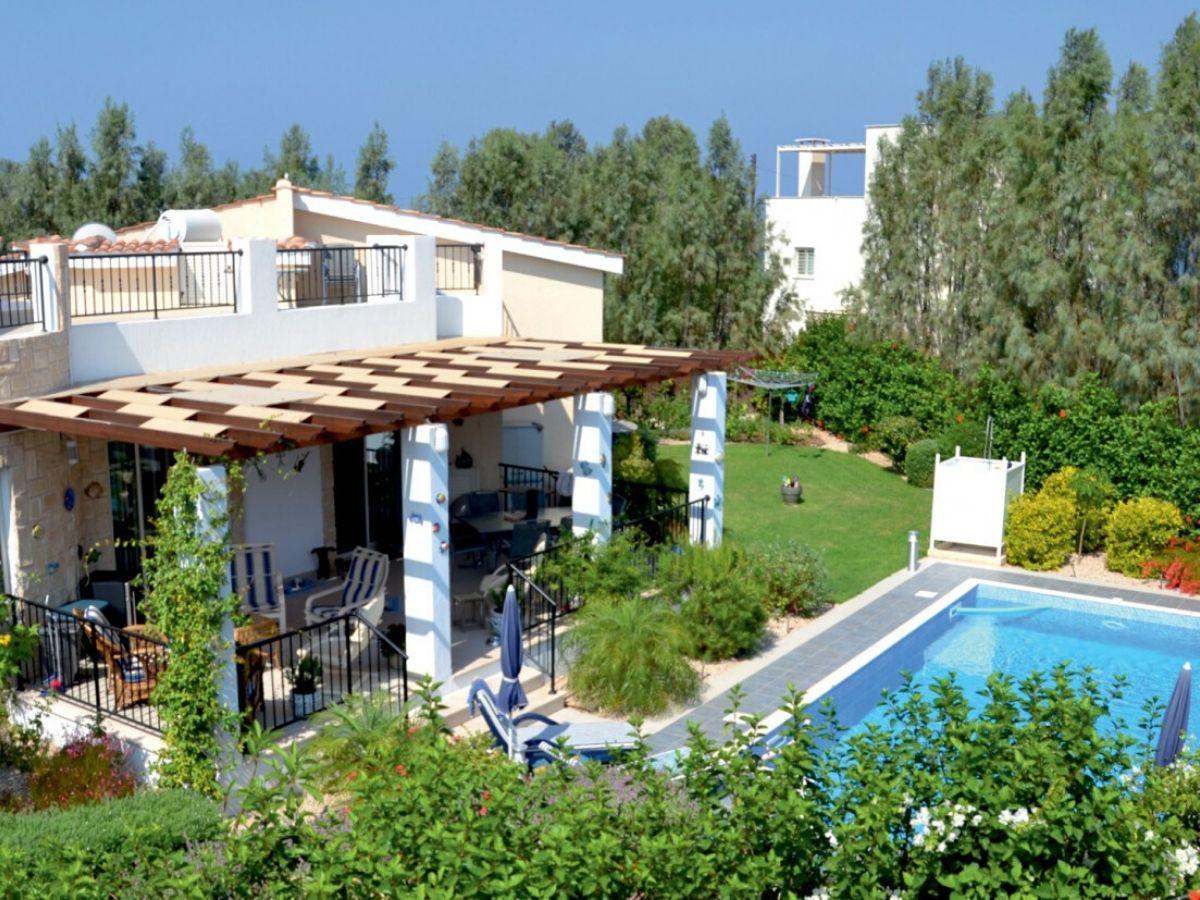 3 bed-villa-Pomos-Cyprus-For sale