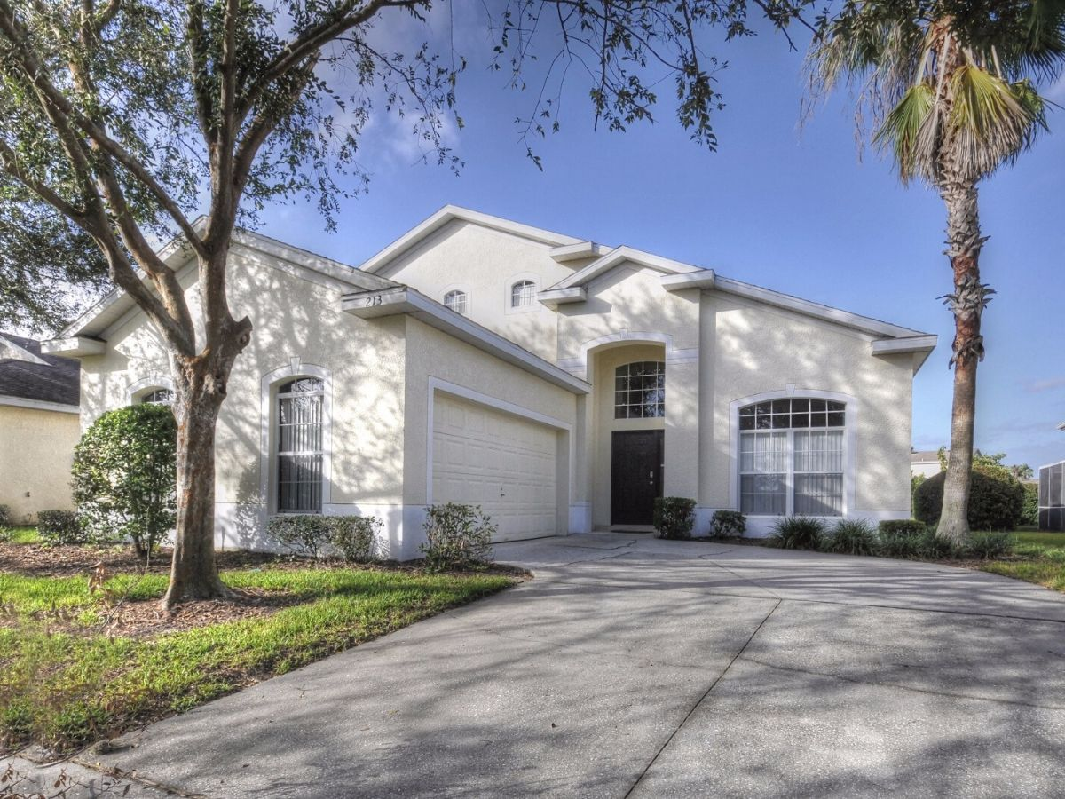 5-bed-villa-for-sale-Davenport-Florida