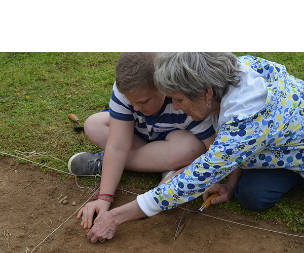 Grandparent/Grandchild One-Day Archaeology Camp