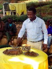 Francis cuts his cake