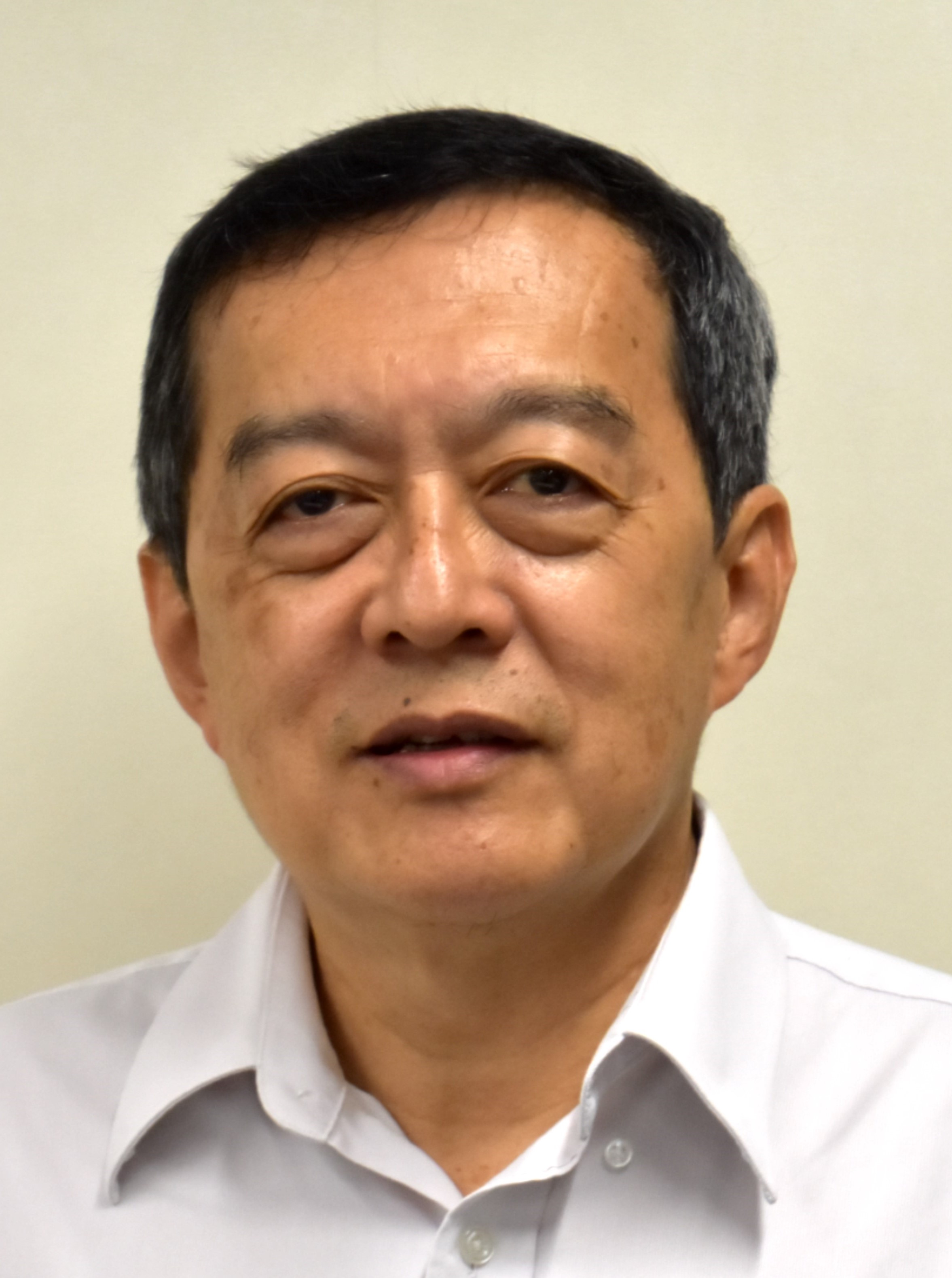 Mr Chong Hou Chun