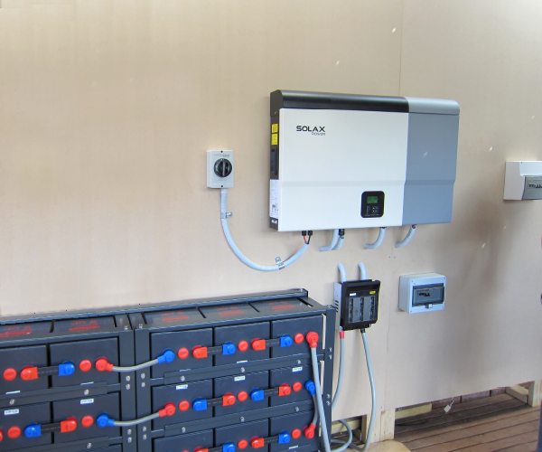 Symtech Solar - Aurora Series - Hybrid - Battery Bank and Inverter