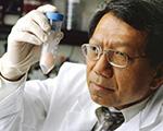 Dr Rocky Tuan