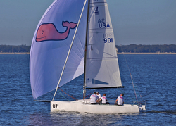 J/70 Vineyard Vines sailing Quantum Winter series