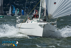 J/105 sailing San Francisco SSS regatta