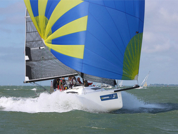 J/88 electrifying the Solent- sailing fast!