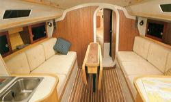 J/30 luxurious interior for cruising