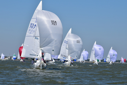 J/22s sailing North Americans