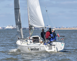 J/80 sailing Warsash series