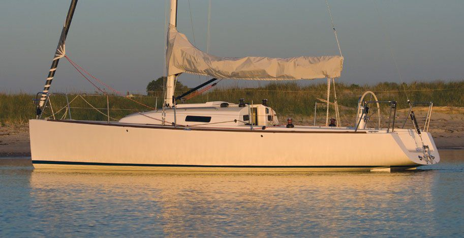 J/95 shoal draft performance cruiser day sailor