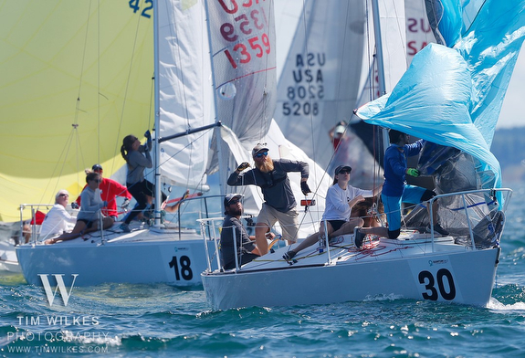 J/24s sailing nationals