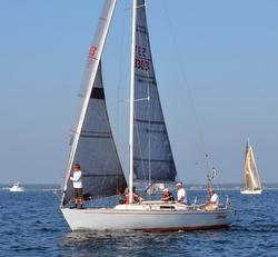 J/29 sailing Edgartown Race Week