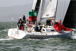 J/105s sailing at J/Fest