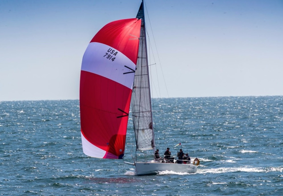 J/92 sailing Newport to Ensenada Race