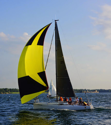 J/88 sailing on Lake Ontario off New York