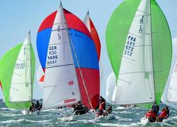 J/80 sailboat- sailing Spi Ouest France Intermarche