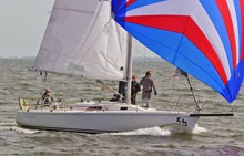 J/105 sailing downwind on Galveston Bay