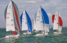 J/70 sailing on planing reach