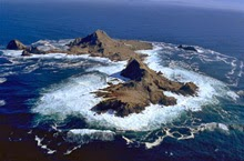 Farallones Islands rocks