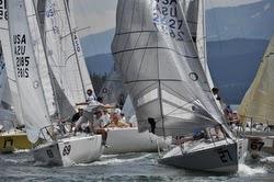 J/24s sailing Easter Regatta