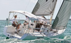 J/95 sailing Abacos, Bahamas regatta