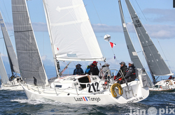 J/105 sailing Swiftsure Race
