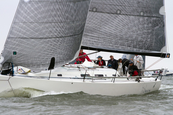 J/122 sailing Annapolis to Newport Race