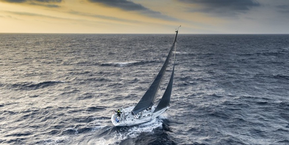 sailing Rolex Middle Sea Race offshore