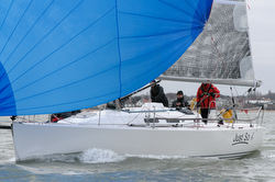 J/109 sailing Warsash Helly Hansen spring series