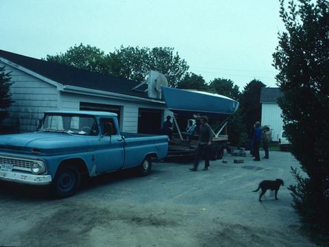J/24 Ragtime 1976 launching