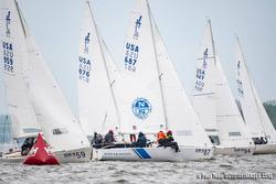 J/22s sailing Annapolis NOOD regatta