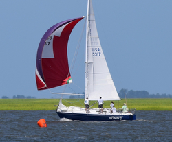 J/30 wins Hook race