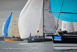 J/111 sailing Garmin Hamble Winters series