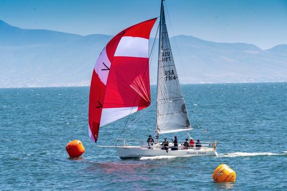 J/105 sailing to Ensenada, Mexico
