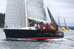 J/Teams Cruise Seattle's Round the County Race