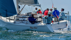 J/124 sailing Newport Ensenada race