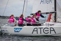 J/70 WOW- Women on Water sailing team