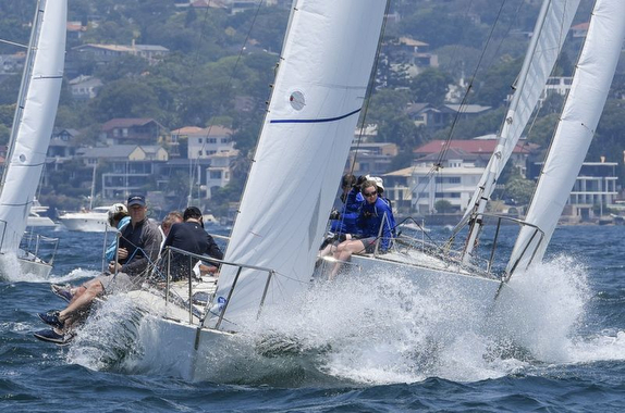J/24s sailing upwind off Australia