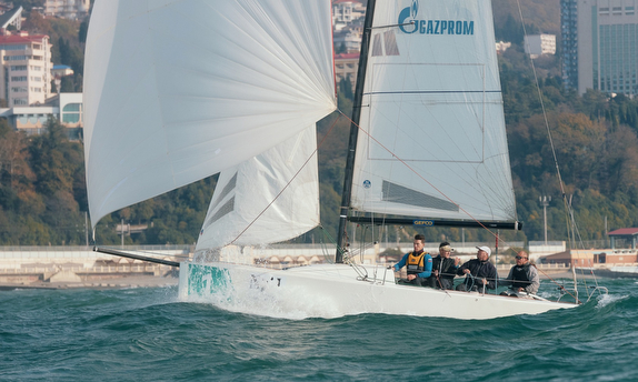 J/70s sailing downwind off Sochi, Russia